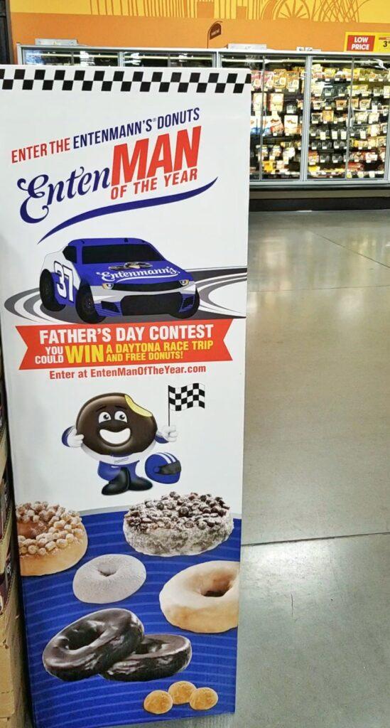 Entenmann's Donut display in grocery store #Entenmanns #EntenMANofTheYear