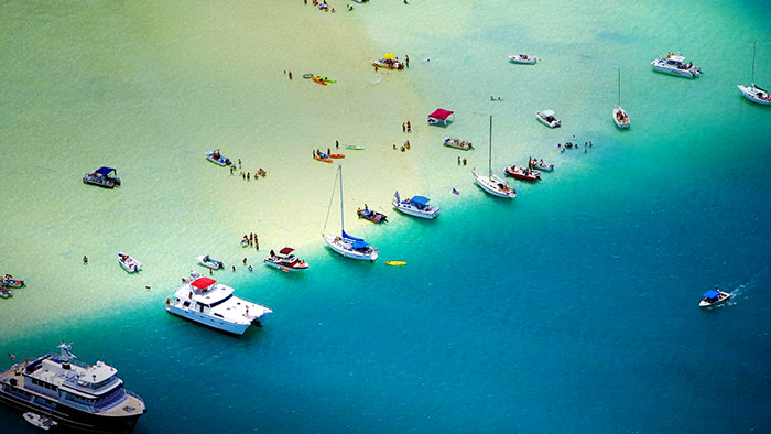 Boats-and-people-relax-on-a-sandbar-Kaneohe-Bay-Oahu-Hawaii-20130123