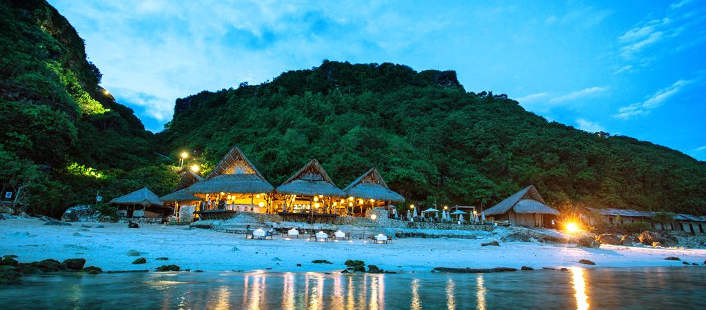 semara_finns_beach_club_dinner