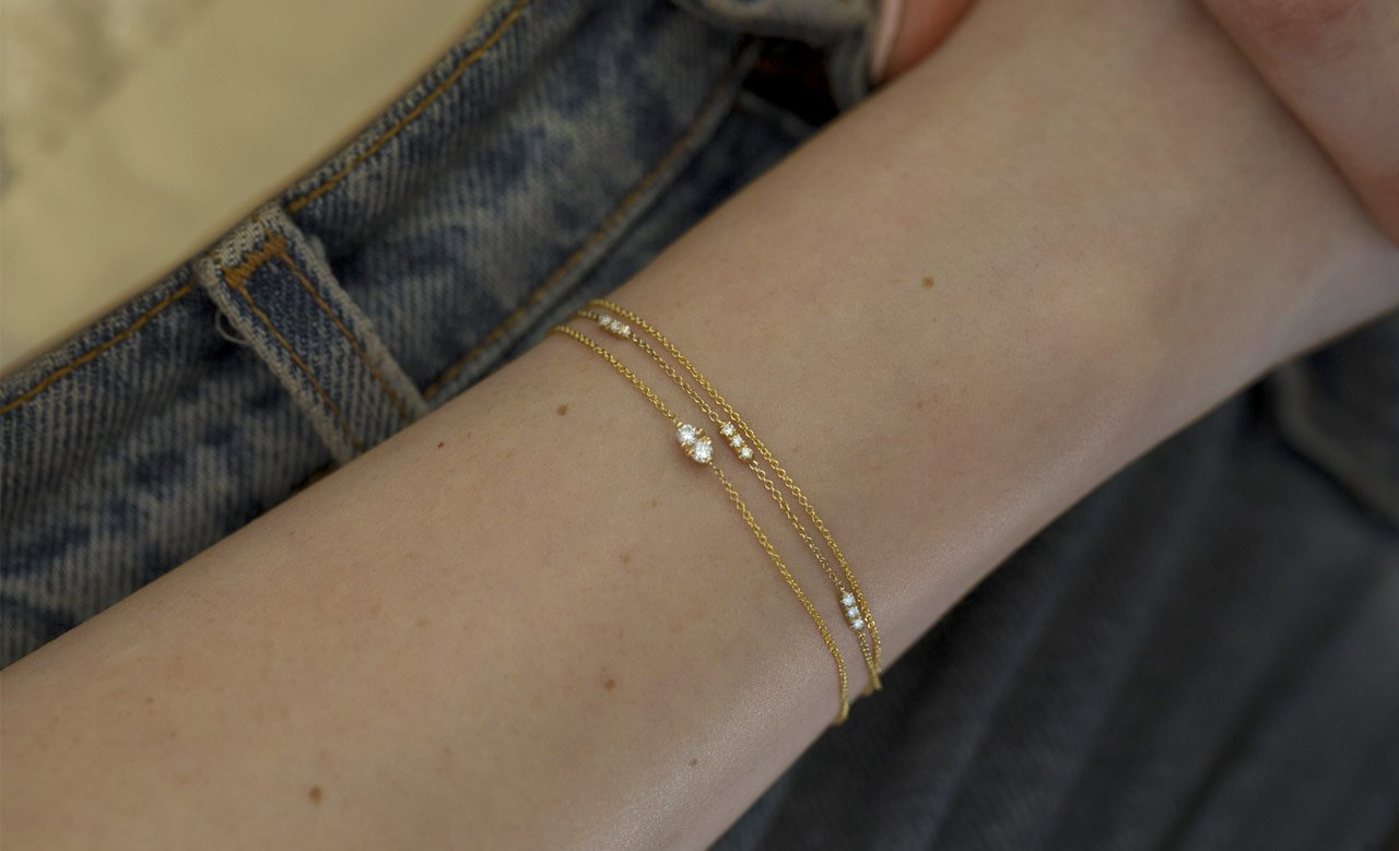 The Jewel - Hortense - Lookbook - Dainty Gold Bracelets