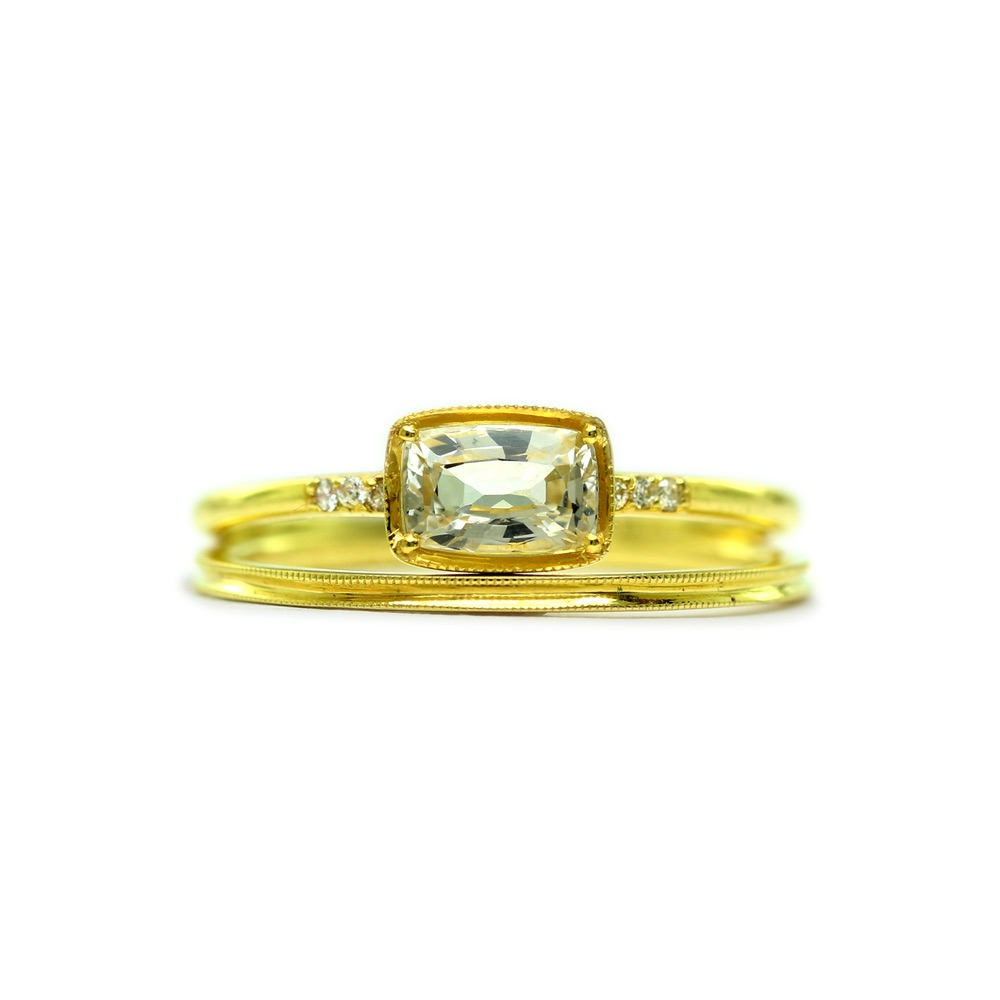 The Jewel - Ila - Lookbook - Gold Square Diamond RIng