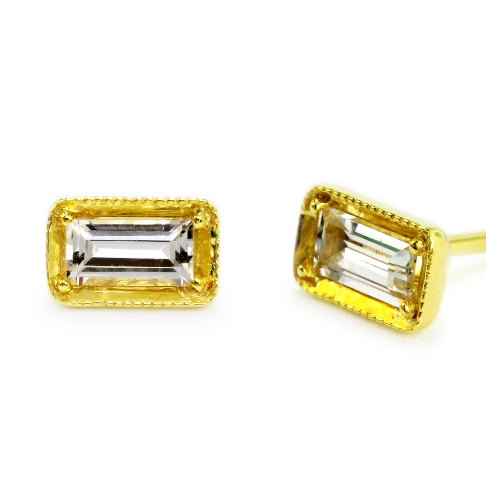 The Jewel - Ila - Gold Diamond Rectangle Earrings
