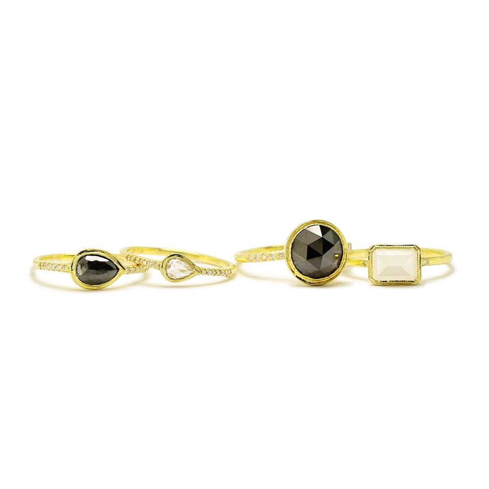 The Jewel - Ila - Lookbook - Gold Black White Rings