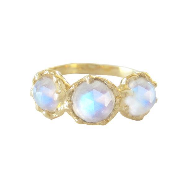 The Jewel - Misa - Lookbook - Gold Iridescent Ring