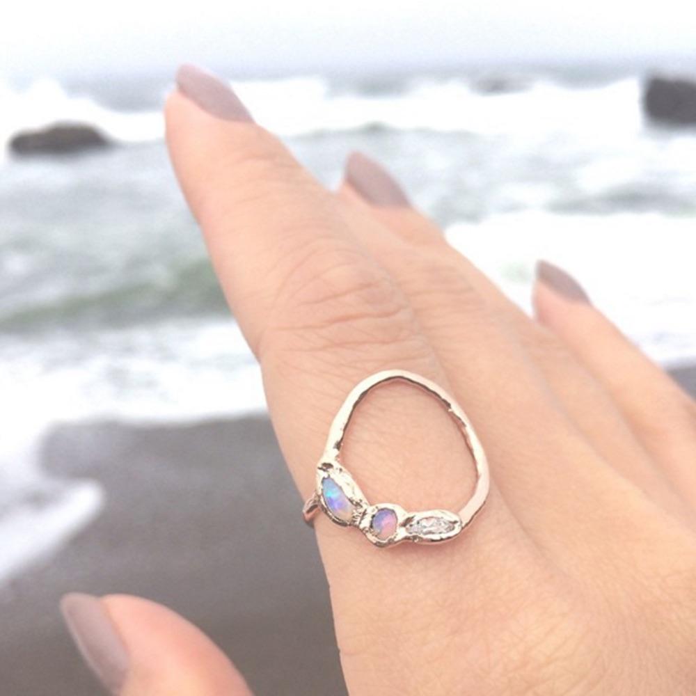 The Jewel - Misa - Lookbook - Silver Circle Iridescent Ring