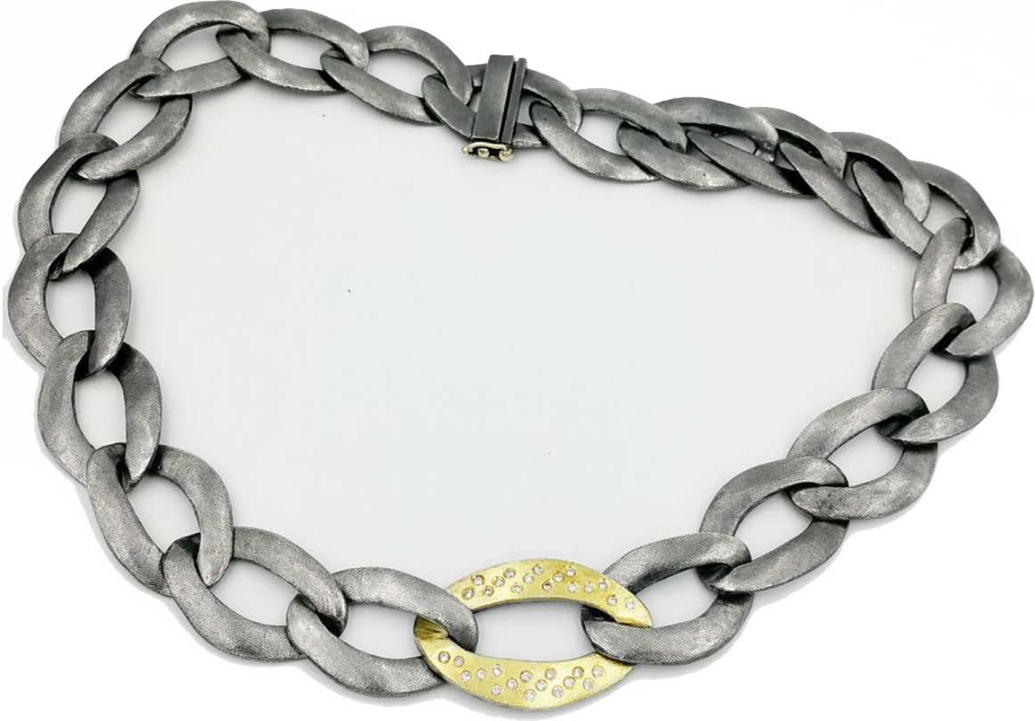 The Jewel - Rene Escobar - Lookbook - Gold and Silver Necklace