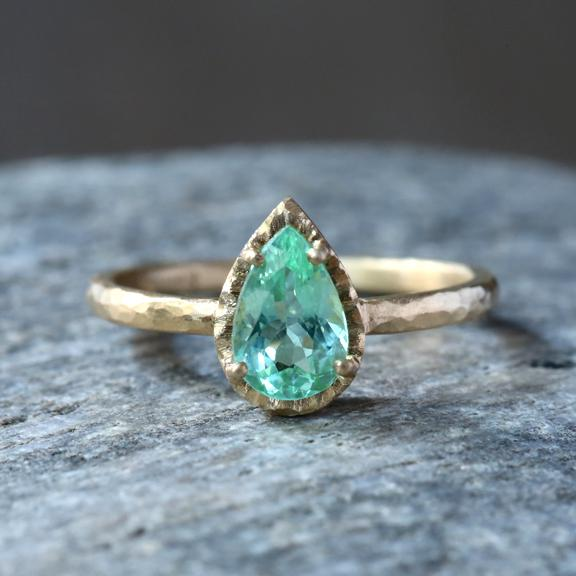 The Jewel - Yasuko Azuma - Lookbook - Gold Green Teardrop Ring