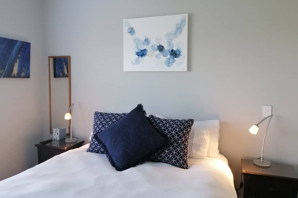 Stay-in-Taupo-Accommodation-Bed-and-Breakfast-in-Taupo-Waikato-New-Zealand-Queen-Room-2