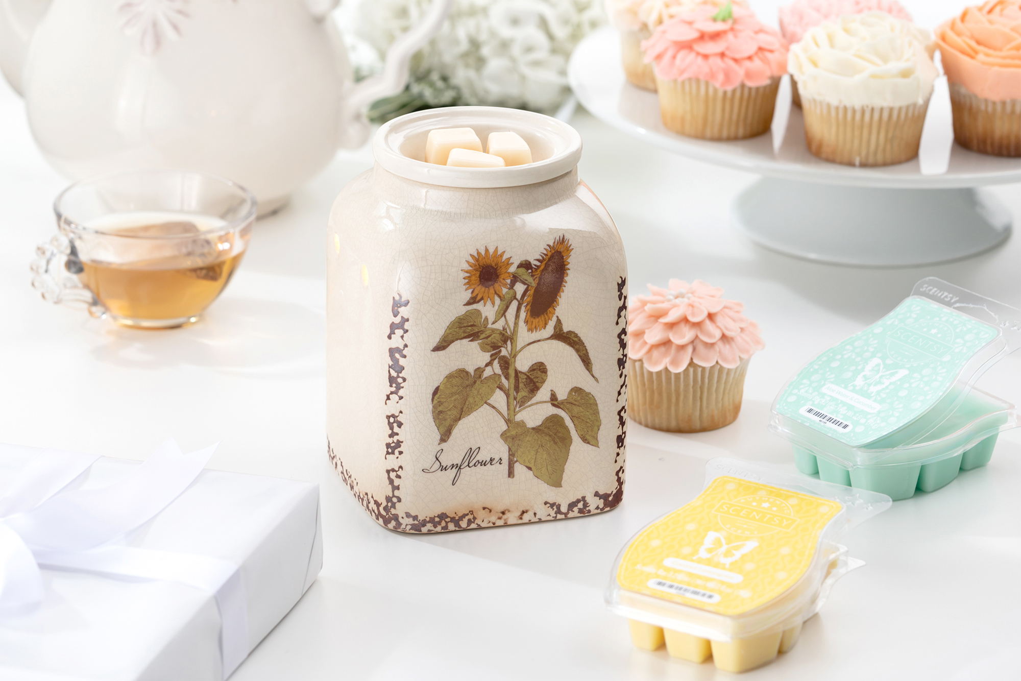 Mothers Day Products: Rustic Sunflower Warmer and fragrances