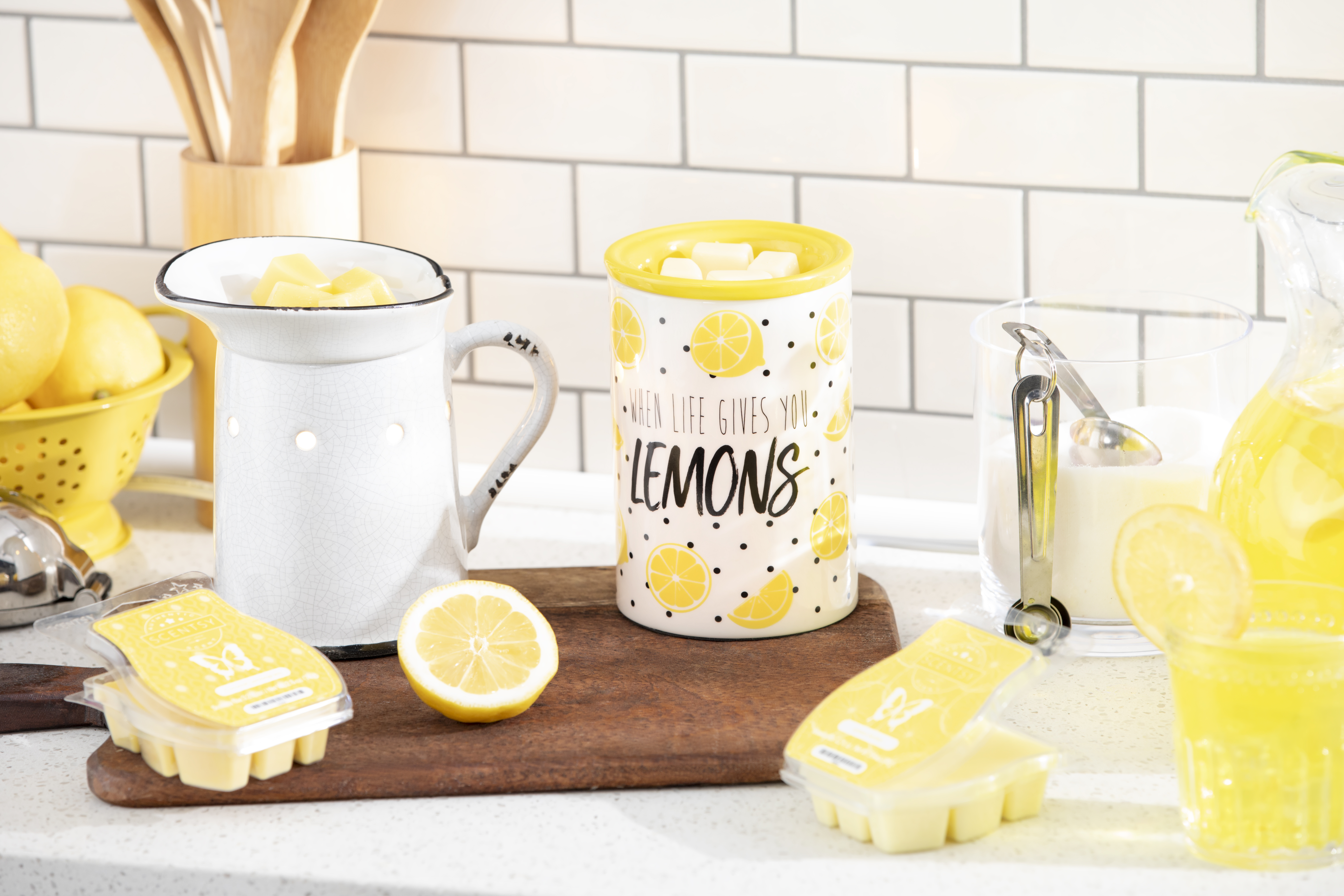 Lemon themed Scentsy warmers and wax.