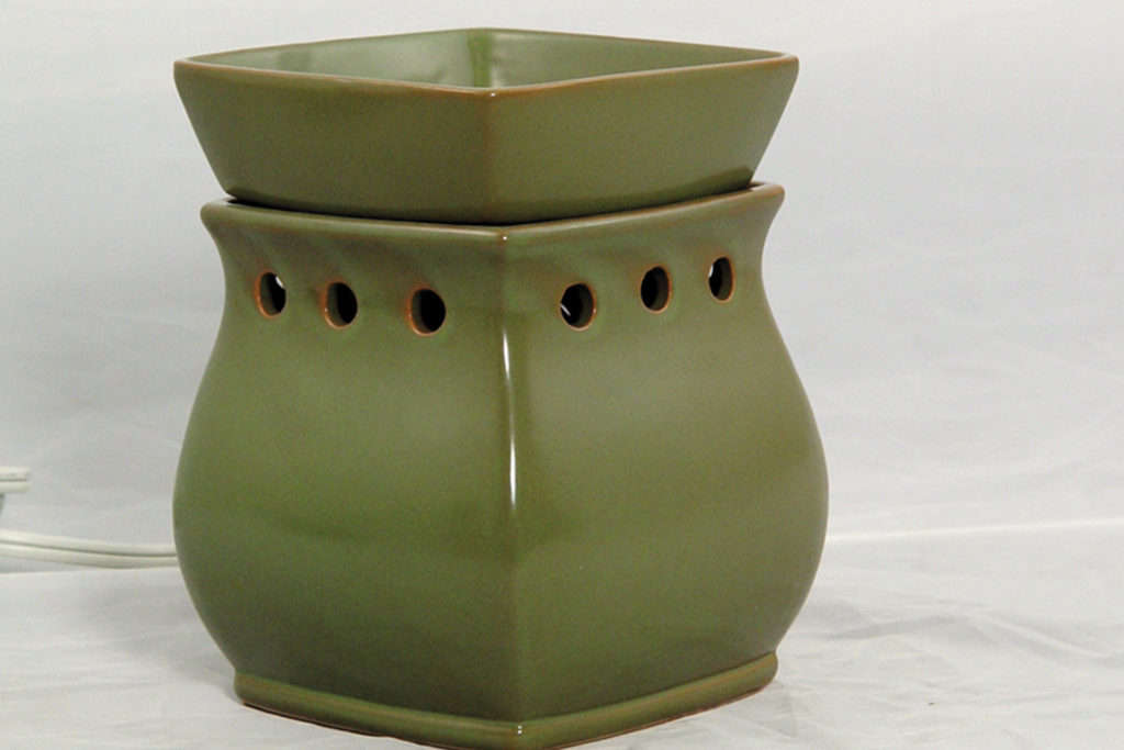The very first Scentsy warmer