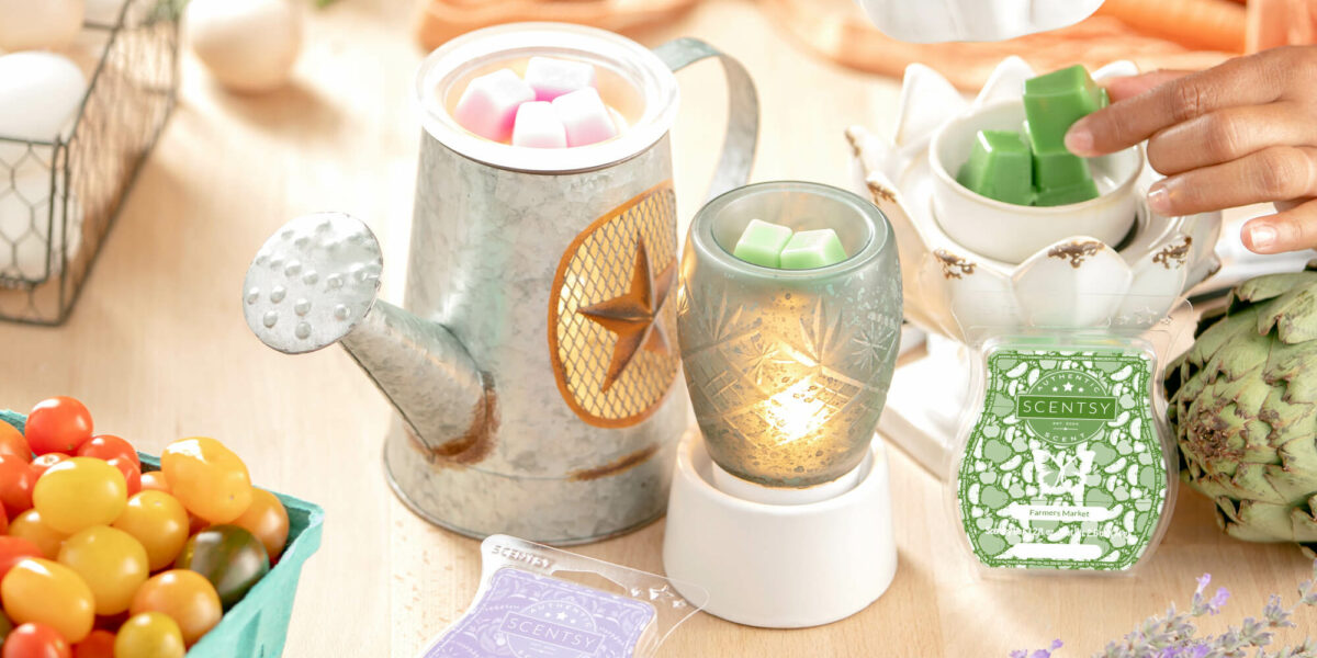 8/22 blog photoshoot image featuring Scentsy rustic warmer, mini warmer, peace and prosperity warmer, Farmers market fragrance and lavender cotton fragrance