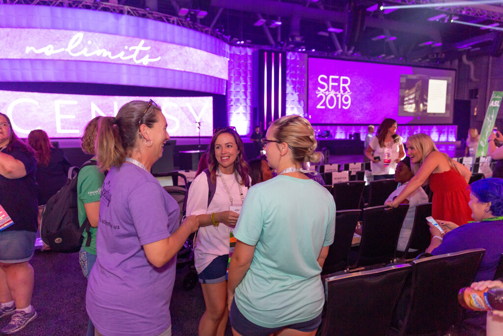 Consultants talking to each other at Scentsy Family Reunion 2019