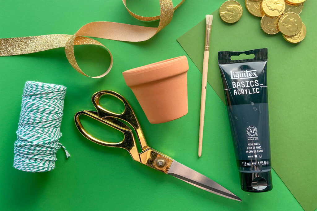 Various crafting materials needed to craft your own DIY Pot o' Gold