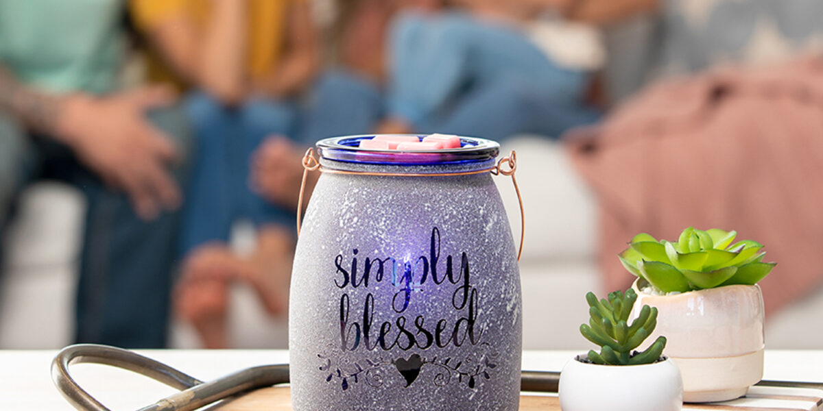 Scentsy Simply Blessed charitable cause warmer