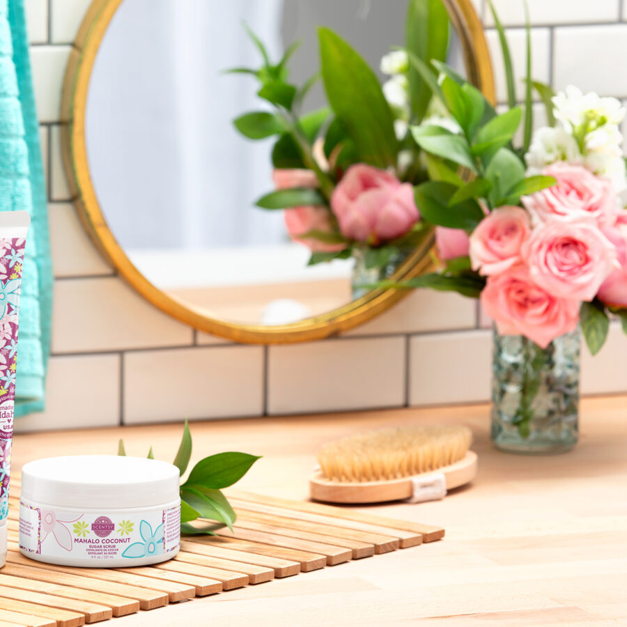 Scentsy Mother's Day Mahalo Coconut collection