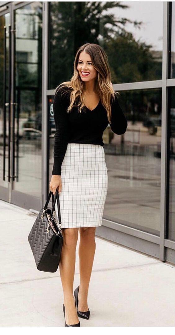 look saia lapis blusa preta outono