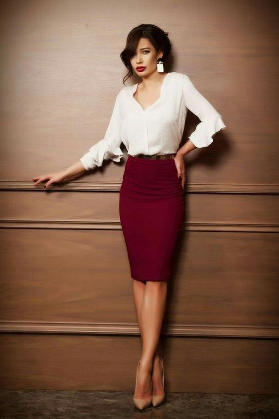 look saia lapis vinho blusa branca seda social