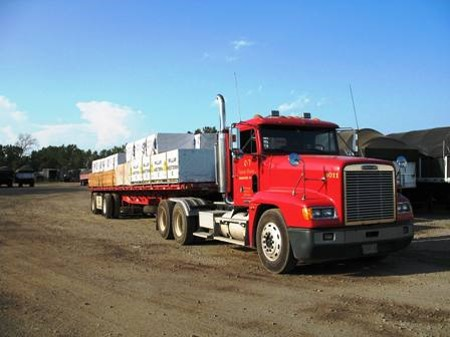 Spread Tandem Flat Bed Day Cab