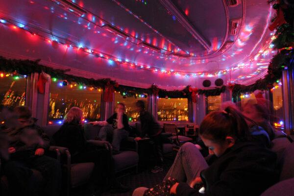 4449 Holiday Express Obs Car Interior