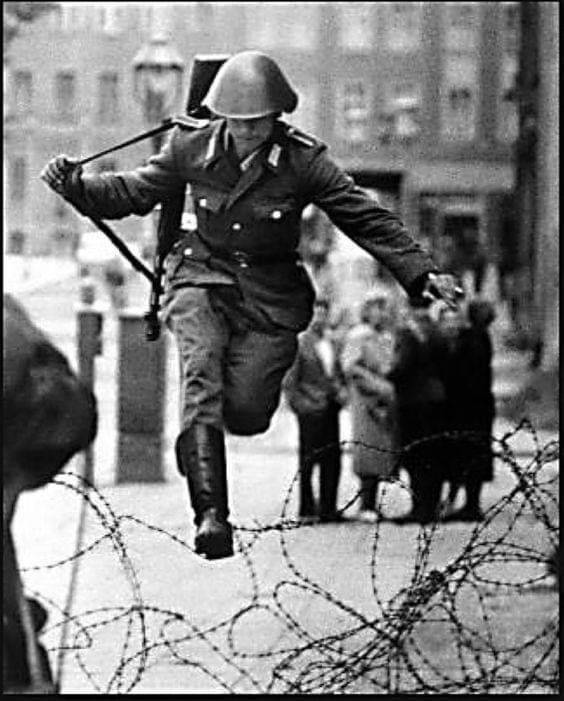German Solder Leaps to Freedom