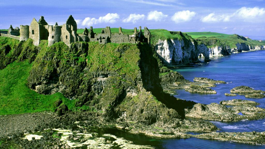 walking holidays Ireland Newfoundland