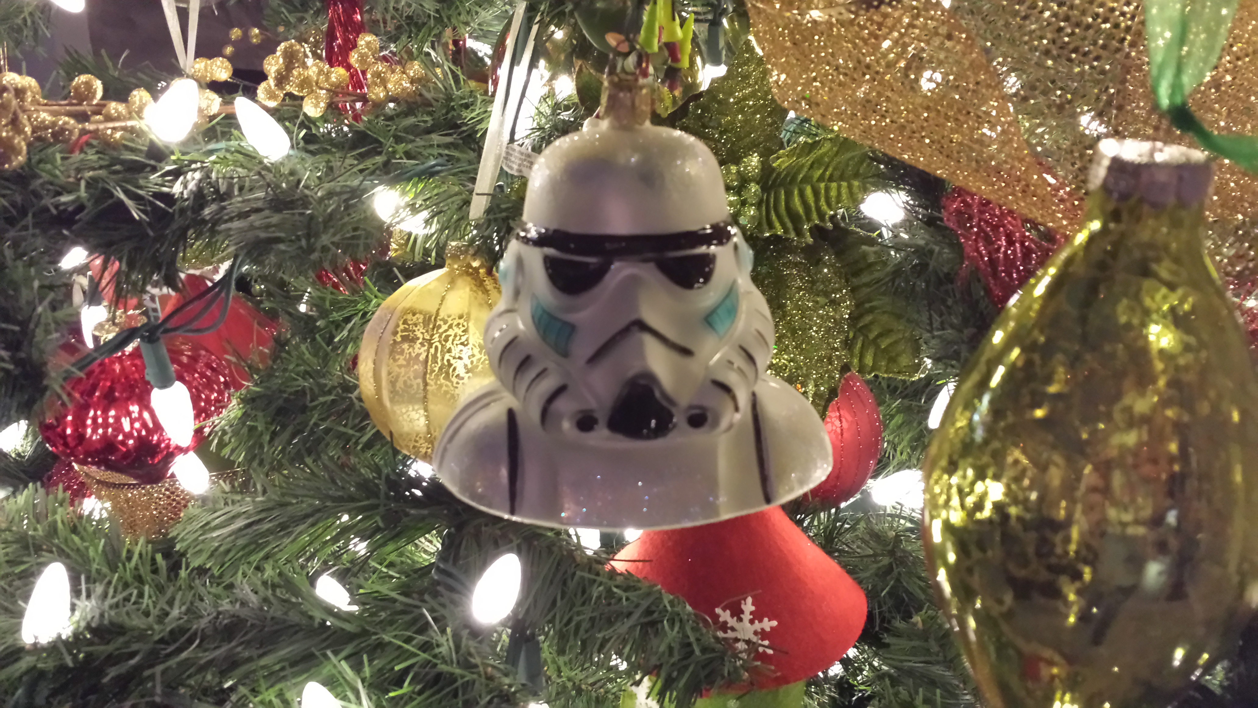 It's Christmas Decorating Time! Star Wars and The Village