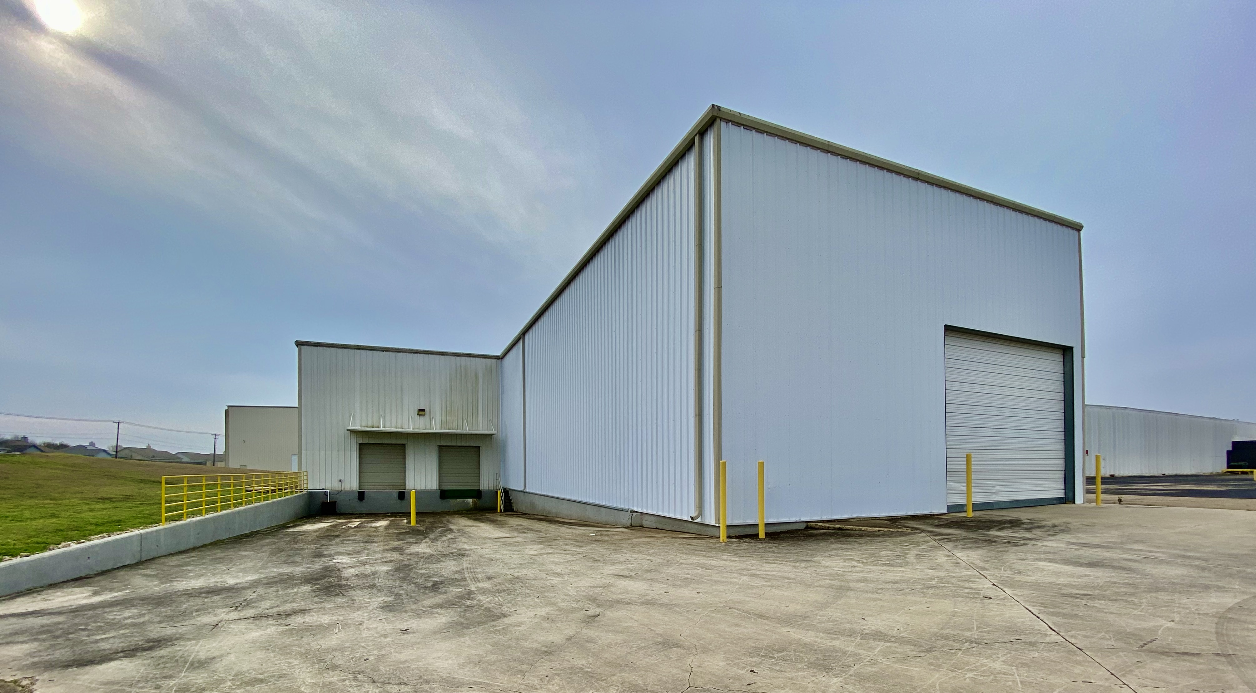 1103 NW Carlos Parker Blvd., Taylor, Williamson, Texas, United States 76574, ,Warehouse,For Lease,NW Carlos Parker Blvd.,1070