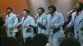 The Spinners –  Could It  Be I'm Falling In Love – Live 1973