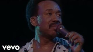 Earth, Wind & Fire – After The Love Has Gone (Live)