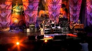 Los Lonely Boys – How Far Is Heaven (Live at Farm Aid 2006)