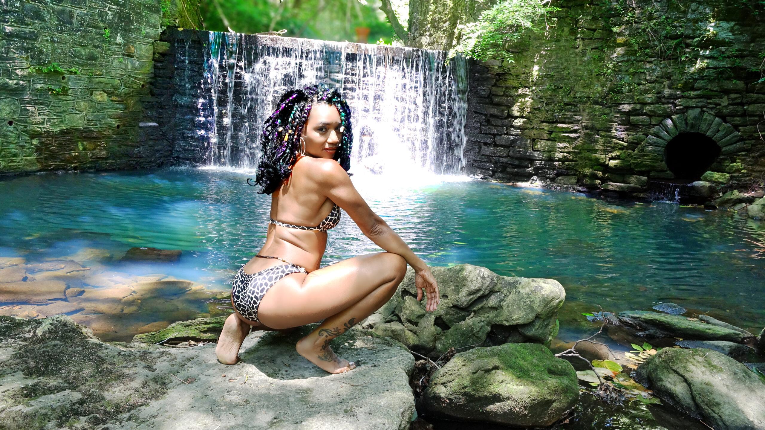 marilyn waterfall