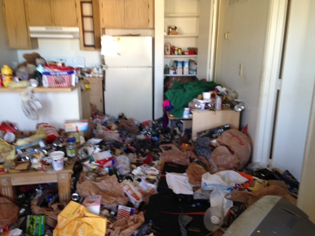 gallery of hoarding situation and clean outs in Tucson