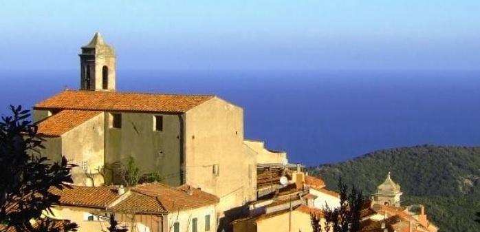italiainpiega-pieghe meravigliose-itinerari-moto-centro-italia-isola d'elba-poggio