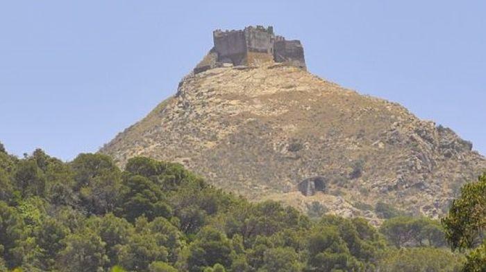italiainpiega-pieghe meravigliose-itinerari-moto-centro-italia-isola d'elba-castello del volterraio