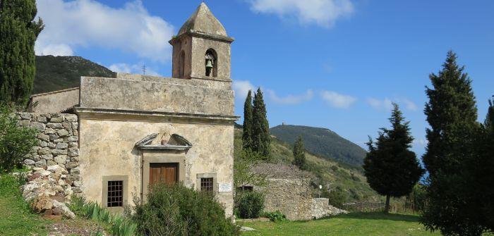 italiainpiega-pieghe meravigliose-itinerari-moto-centro-italia-isola d'elba-eremo santa caterina