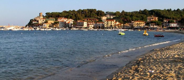 italiainpiega-pieghe meravigliose-itinerari-moto-centro-italia-isola d'elba-marina di campo