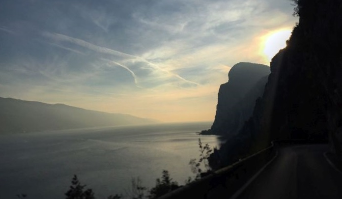 italiainpiega-pieghe-meravigliose-itinerari-moto-nord-italia-lago di garda-strada forra3