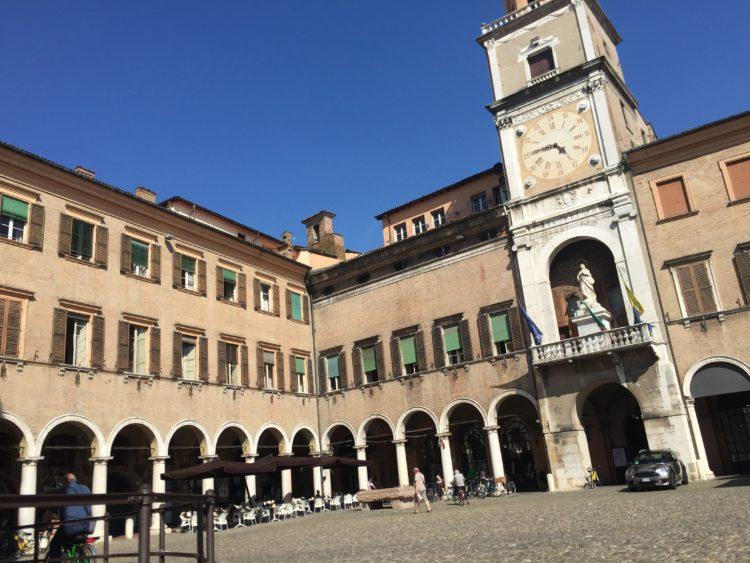 italiainpiega-pieghe meravigliose-itinerari moto pianura padana-la via del gusto est-ovest-modena2
