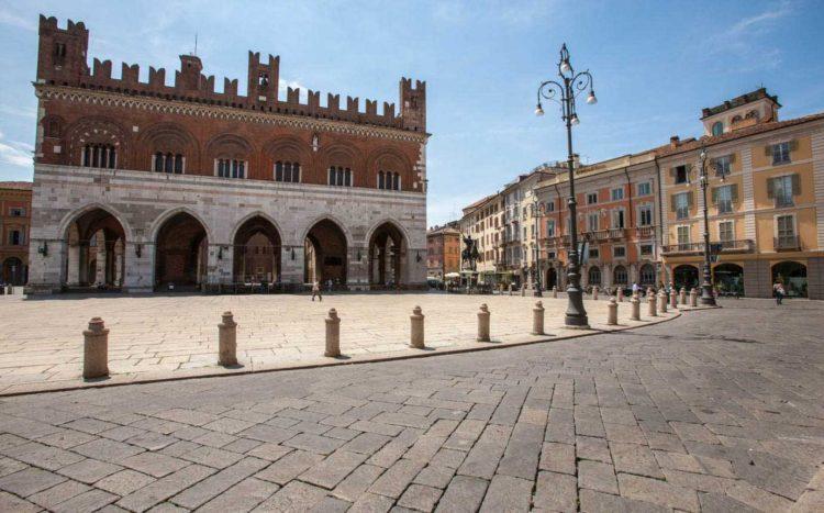 italiainpiega-pieghe meravigliose-itinerari moto pianura padana-la via del gusto est-ovest-piacenza 1