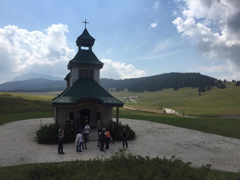 italiainpiega-evento-tour la grande guerra 2017-passo vezzena-chiesa di santa zita 1