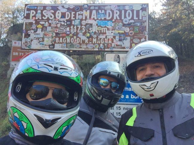 italiainpiega-pieghe meravigliose-itinerari moto centro italia-gola del furlo-passo dei mandrioli