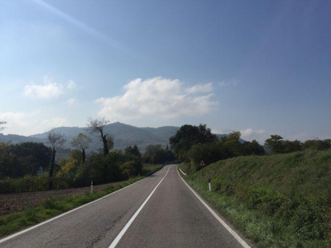 italiainpiega-pieghe meravigliose-itinerari  moto centro italia-tempio del valadier-marche 1