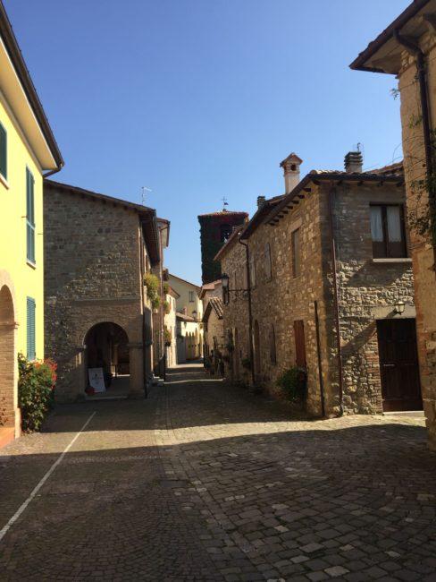 italiainpiega-pieghe meravigliose-itinerari  moto centro italia-tempio del valadier-frontino