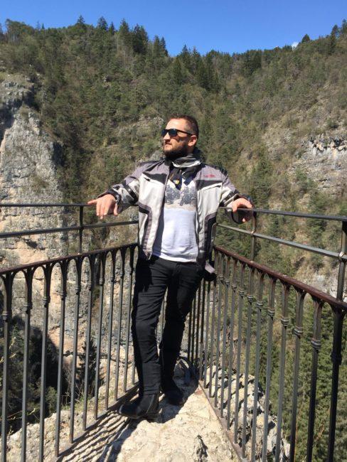 italiainpiega-pieghe meravigliose-itinerari moto nord italia-val di non-santuario san romedio 5