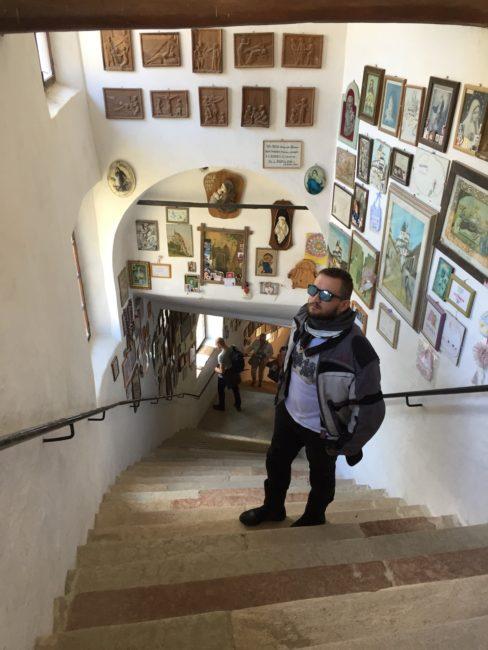 italiainpiega-pieghe meravigliose-itinerari moto nord italia-val di non-santuario san romedio 3