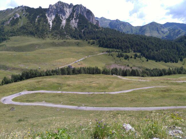 italiainpiega-pieghe meravigliose-itinerari moto nord italia-salita passo crocedomini