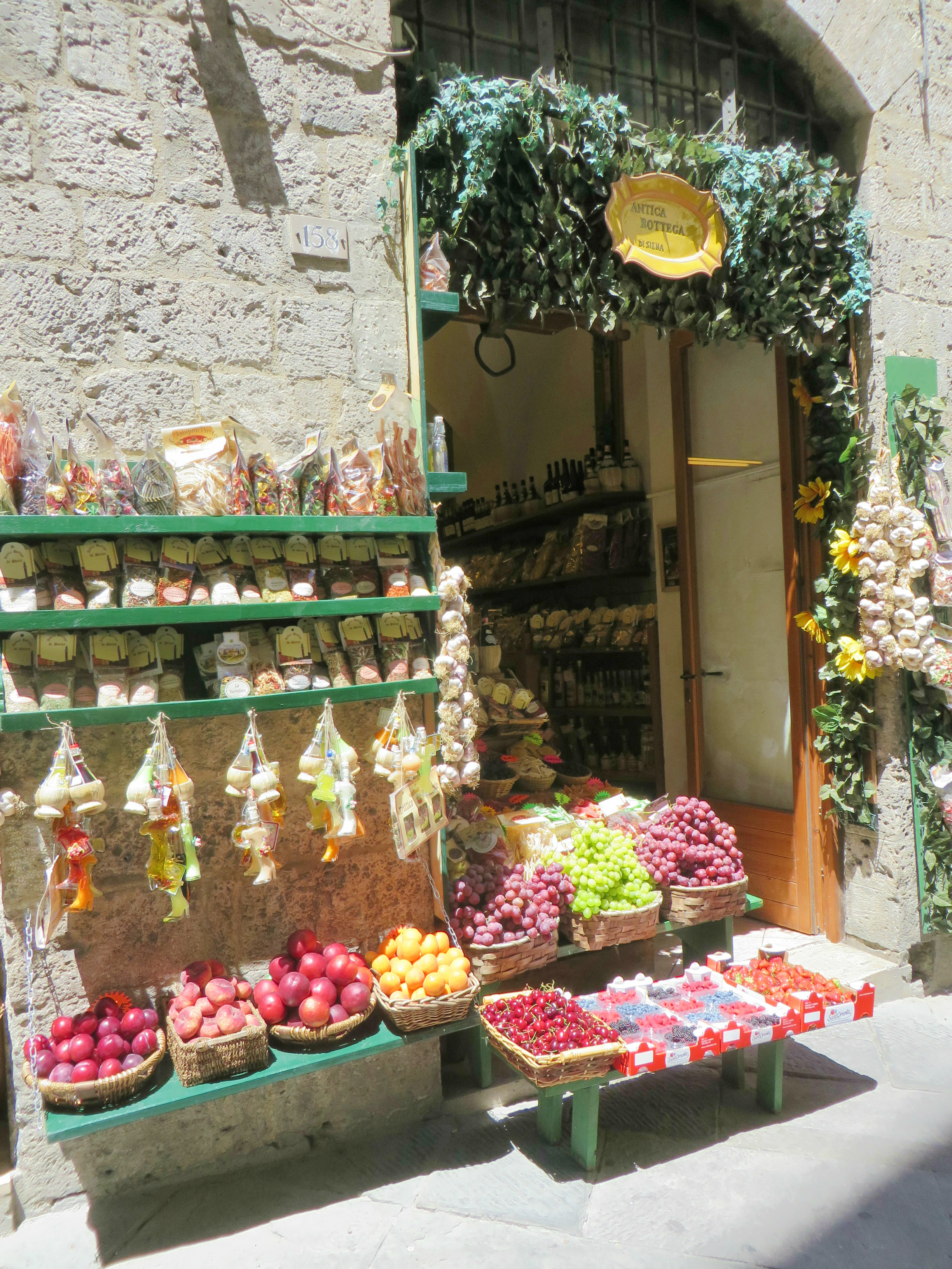 A simple market in Siena