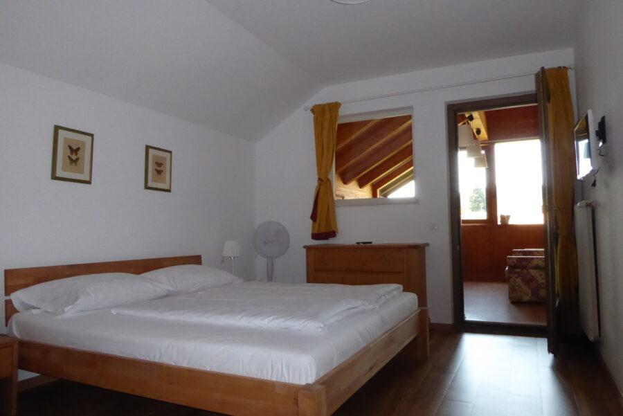 apartment Kalterer See bedroom
