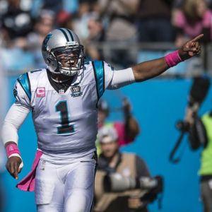 Cam Newton celebra a vitória